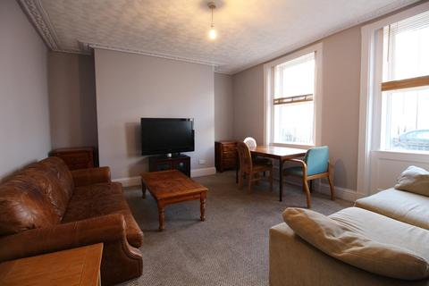 4 bedroom terraced house to rent - Gloucester Place, Cheltenham, Gloucestershire