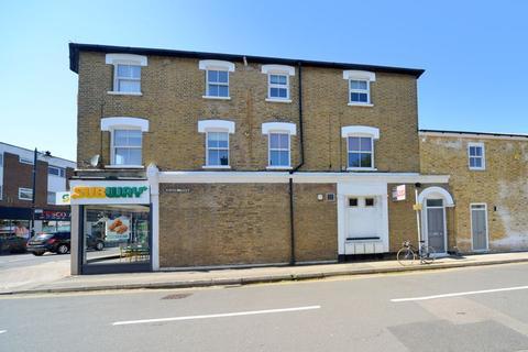 1 bedroom flat for sale - Walton Road, East Molesey