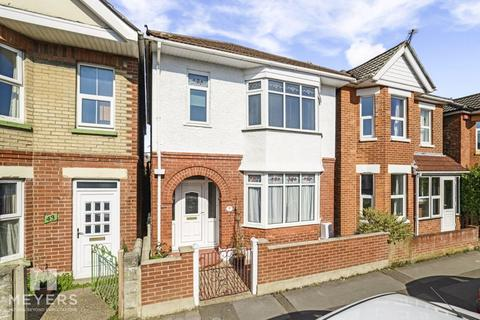 3 bedroom detached house for sale - Clarence Park Road, Bournemouth, BH7