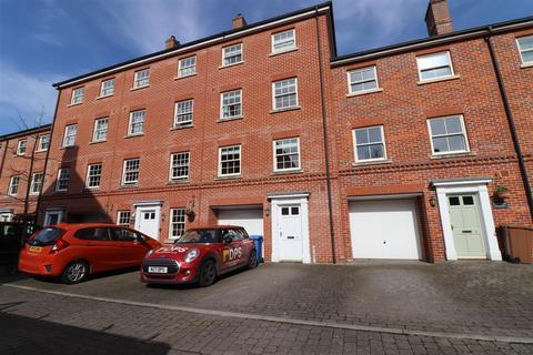7 bedroom house for sale - Kilderkin Way, Norwich
