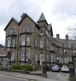 2 bedroom flat to rent - Leeds Road, Harrogate, HG2
