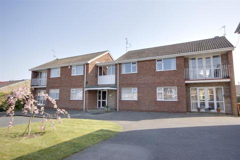 2 bedroom apartment for sale - Wentworth Close, Willerby