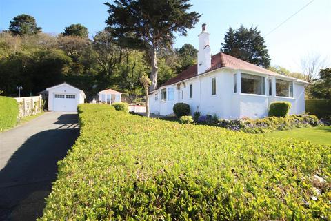 2 bedroom detached bungalow for sale - Bryn- Y - Bia Road, Craigside, Llandudno