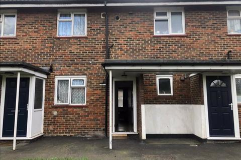 1 bedroom flat for sale - The Lawns, Chingford