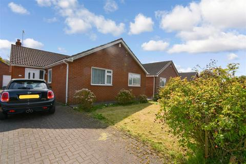 3 bedroom detached bungalow for sale - Chapel Mews, Preston, Hull
