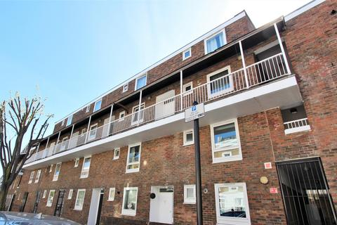 3 bedroom flat for sale - Bavaria Road, Upper Holloway, N19