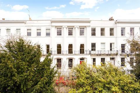 5 bedroom terraced house for sale - Pittville Lawn, Cheltenham, GL52