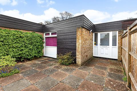 2 bedroom terraced bungalow for sale - Pine Close, Horsell, Woking, GU21