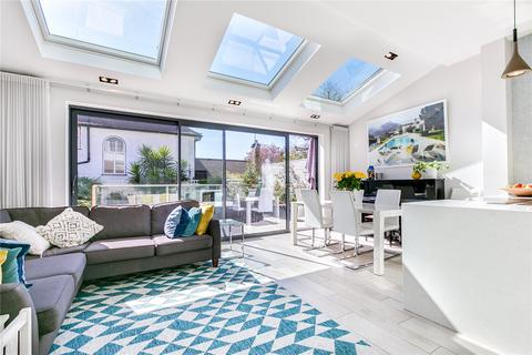 4 bedroom semi-detached house for sale - Marham Gardens, SW18