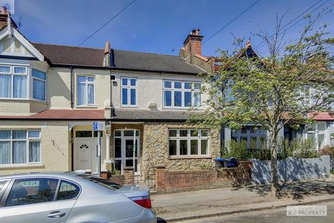 3 bedroom terraced house for sale - Eastbourne Road, London