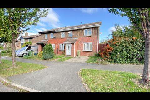 Studio to rent - Oxman Lane, Greenleys MK12