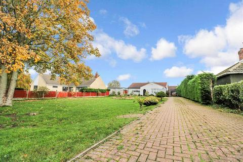 5 bedroom bungalow for sale - Brant Road, Waddington, Lincoln