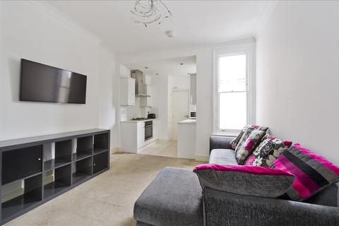 2 bedroom flat for sale - Brackenbury Road, Hammersmith W6