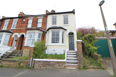 3 bedroom end of terrace house for sale - Cornwall Road, Rochester, ME1