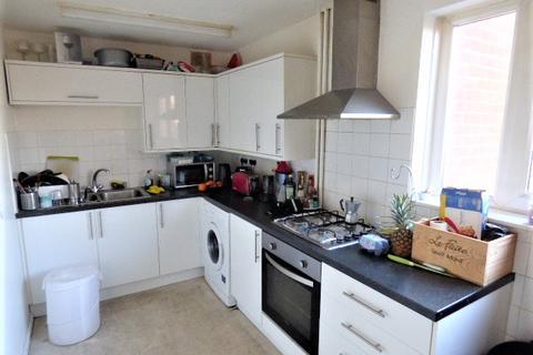 3 bedroom maisonette to rent - Portree Street, London E14