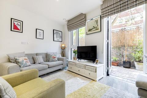 2 bedroom flat for sale - Hope Street, Battersea