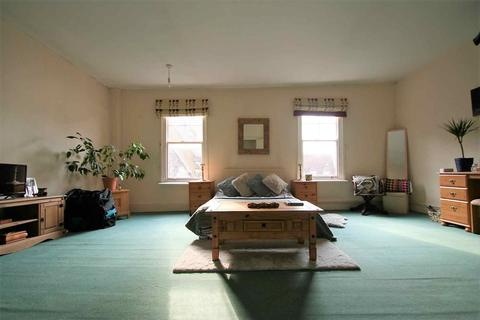 3 bedroom flat to rent - Wallingford