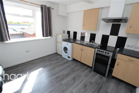 1 bedroom flat to rent - Wharf Street South