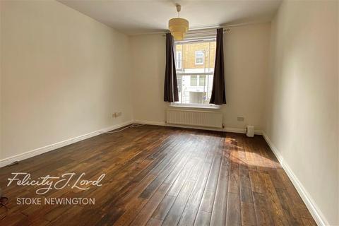 3 bedroom flat to rent - Shakspeare Walk N16