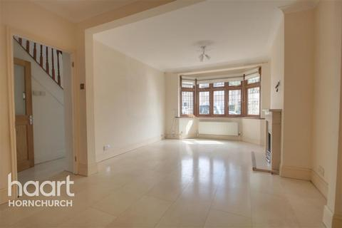 4 bedroom semi-detached house to rent - Mendip Road, Hornchurch, RM11