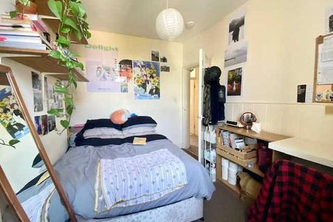 5 bedroom property to rent - Southover Street, Brighton