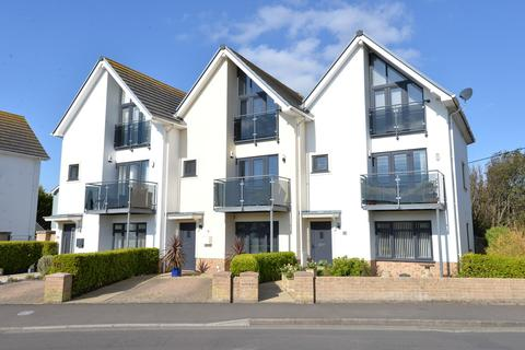 4 bedroom end of terrace house for sale - Sea Road, Barton On Sea, New Milton