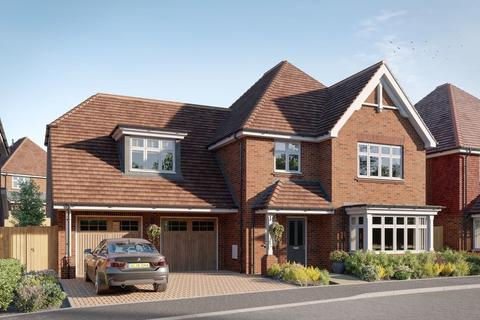 5 bedroom detached house for sale - Worthing Road, Southwater, Horsham