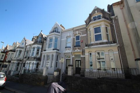 6 bedroom terraced house for sale - Beaumont Road, Plymouth