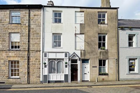 4 bedroom terraced house for sale - High Street, Caernarfon, Gwynedd, LL55