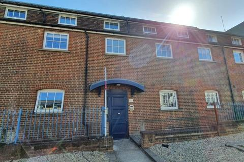 2 bedroom apartment to rent - Bridgefoot House Star Street