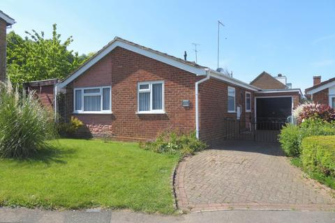 2 bedroom bungalow for sale - Meadow View