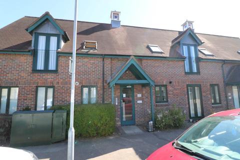 1 bedroom flat to rent - Morley Court, Baldock Way, Cambridge