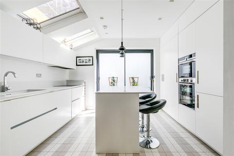 3 bedroom terraced house for sale - Horder Road, London, SW6