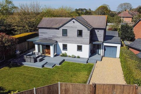 4 bedroom detached house for sale - School Road, Thorney Hill, Bransgore, Christchurch, BH23