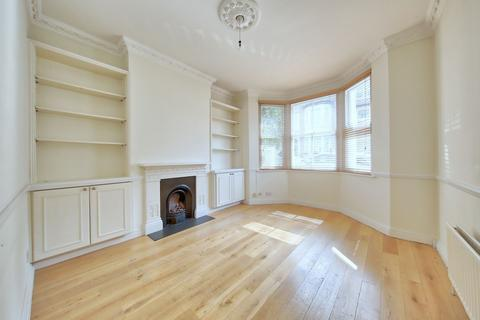 2 bedroom flat for sale - Mallinson Road, London, SW11