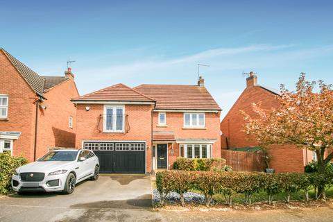 4 bedroom detached house for sale - Elm Grove, Wootton, Northampton, NN4