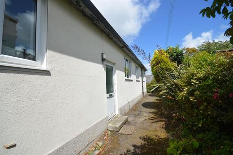 8 bedroom house share to rent - Helston Road, Penryn