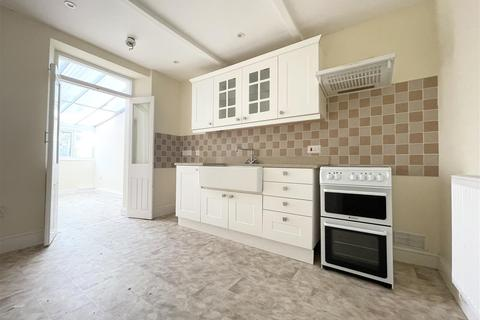 3 bedroom terraced house for sale - Greville Road, Milford Haven