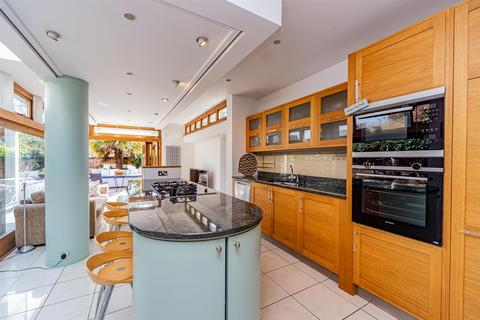 3 bedroom terraced house for sale - Victoria Park Road, Clarendon Park, Leicester