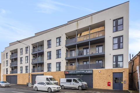2 bedroom apartment to rent - Grand Union,  Slough,  SL2