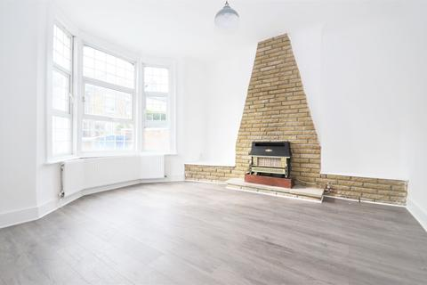 6 bedroom terraced house to rent - Gloucester Road, Acton Central W3 8PD
