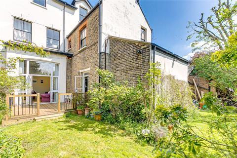 2 bedroom flat for sale - Heathfield Road, London