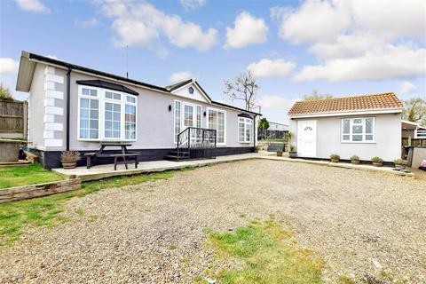 2 bedroom park home for sale - Third Avenue, Eastchurch, Sheerness, Kent