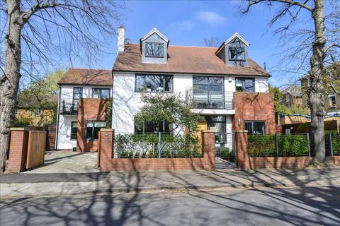 5 bedroom detached house for sale - Liskeard Gardens, London