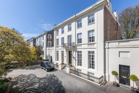 7 bedroom property for sale - Les Gravees, St. Peter Port, Guernsey