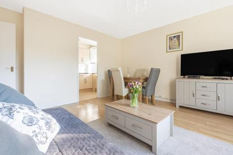 1 bedroom flat for sale - Berrylands,  Surbiton,  KT5