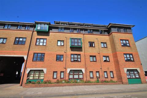 1 bedroom flat for sale - Regents Court, West Street, Gravesend, DA11 0BJ