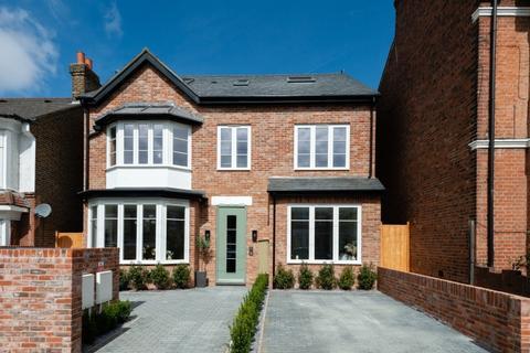 3 bedroom flat for sale - Eastcombe Avenue Charlton SE7