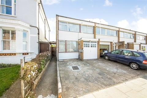 3 bedroom end of terrace house for sale - Weigall Road, Lee, London, SE12