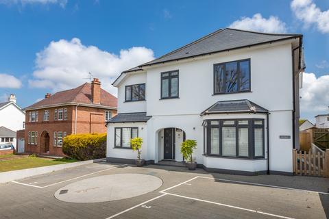 2 bedroom flat for sale - Villa Lucerne, St. Peter Port, Guernsey